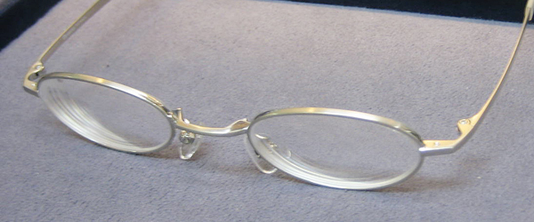 強度近視用メガネ